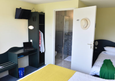 Chambre 3 personnes - Hotel HEOD